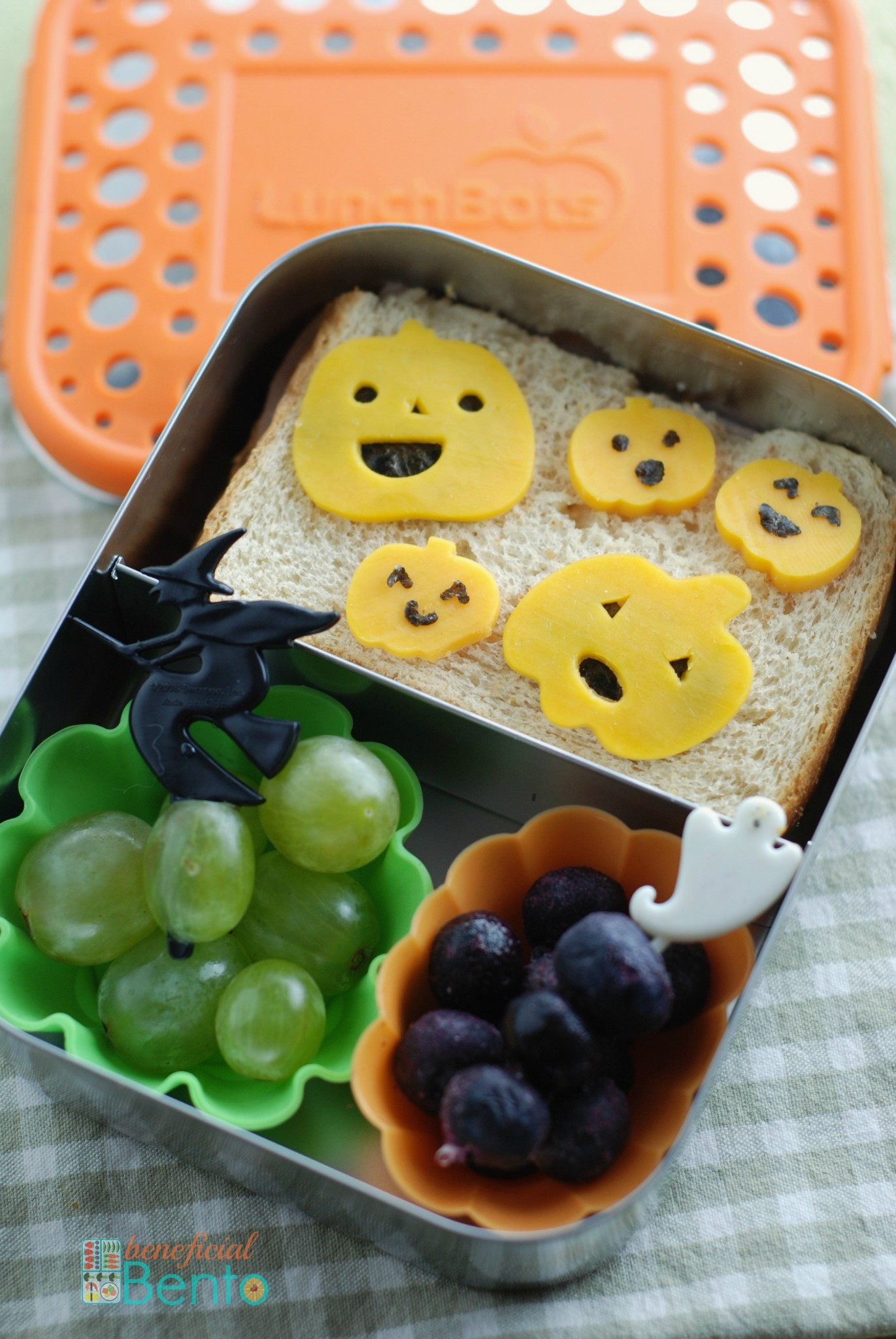 Halloween bento in a LunchBots Duo
